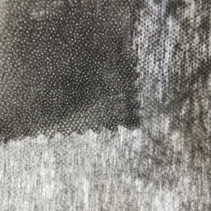 Флизелин 25г/м², точечный, чёрный, ширина рулона 900мм, длина намотки рулона 100 метров, SL